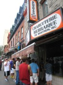 The lunchtime line outside of Schwartz's