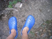 i hate my blue Crocs