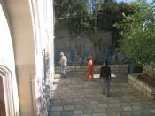 synagogue courtyard