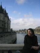 Oh la la; Sara on the Seine