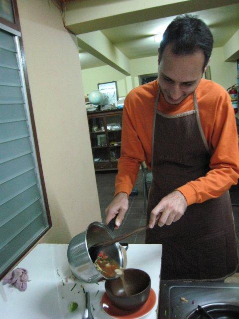 preparing tom kha gai